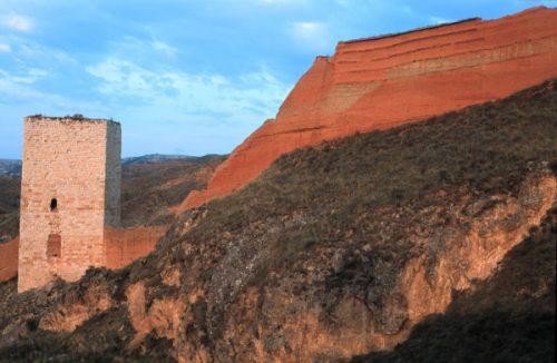 Las murallas rodean por completo la ciudad